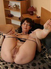 This housewife sure knows how to handle a big hard cock