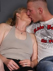 Horny granny Maria sucks a hard schlong and gets her face showered by creamy jizz live